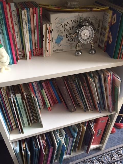 childs bookshelf